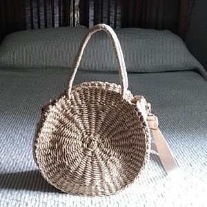 FINAL MARKDOWN 🙃 Straw bag